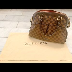 Louis Vuitton Trevi Handbag